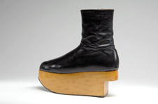Rocking horse boot