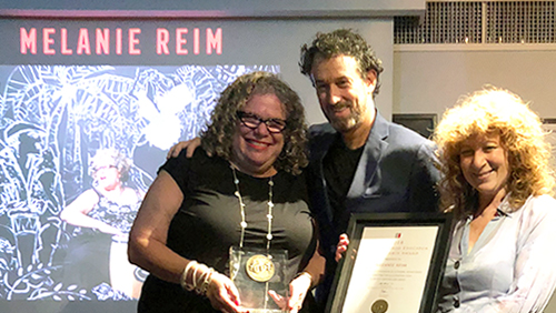 Melanie Reim receives award