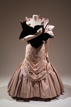 Charles James, Tree evening dress and Petal stole, 1955, USA, Museum purchase. P87.31.11