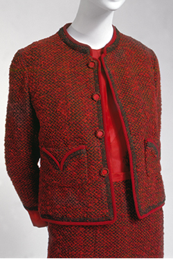 Chanel, suit, fall 1959, gift of Mrs. Walter Eytan. 80.261.2