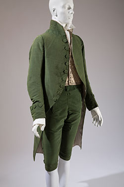 Man's three piece silk velvet suit, 1790-1800, France. Museum purchase, 2010.98.1.
