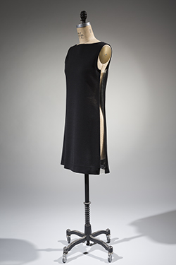 1968 black wool dress by Rudi Gernreich with a slit on the side