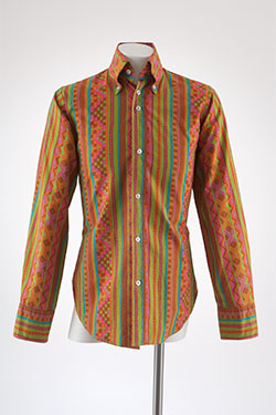 John Stephen, mans shirt, printed cotton, circa 1965, England, gift of Valerie Steele.